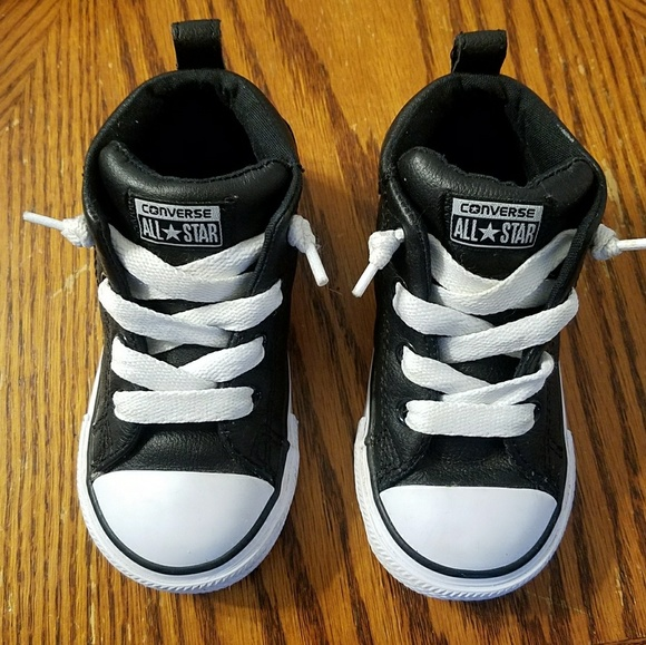 Converse Other - Toddler Black Leather Converse All☆Star Shoes 7C